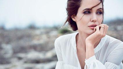 Анджеліна Джолі - фото 1
