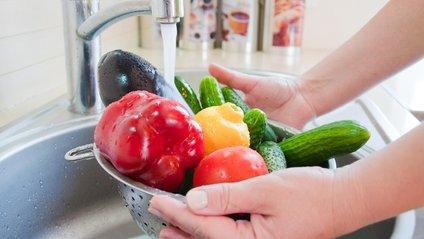 Які продукти обов'язково потрібно мити, а які ні? - фото 1