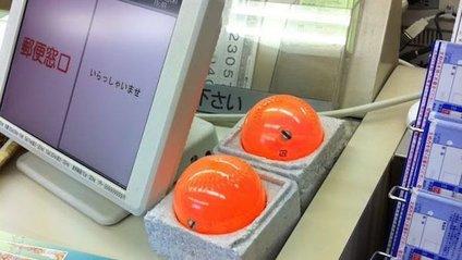Навіщо японським касирам помаранчеві кулі - фото 1