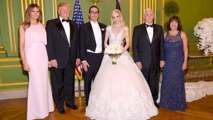 Дональд і Меланія на весіллі - фото 1