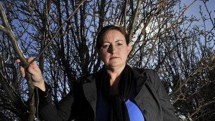 Про що австралійська письменниця листується з серійними вбивцями - фото 1