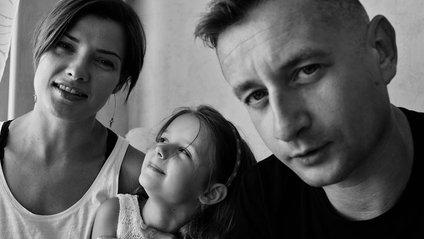 Сергій Жадан показав свою сім'ю у чарівній фотосесії - фото 1