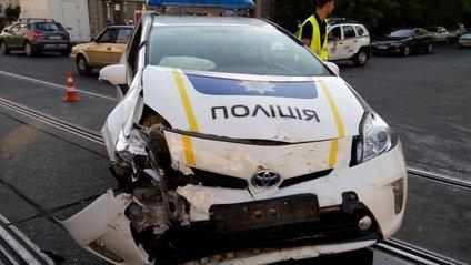 Цифра вражає! Відомо, скільки поліцейських авто було розбито в 2017 році - фото 1