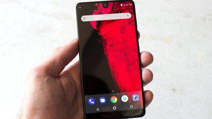 Ціна Essential Phone істотно впала через два місяці після релізу - фото 1