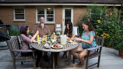 Вечеря у сімейному колі - це святе - фото 1