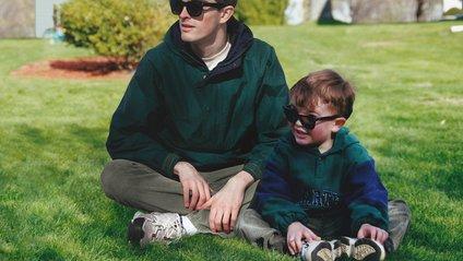 Канадець помістив дорослого себе на свої дитячі фотографії, і ось що з цього вийшло - фото 1