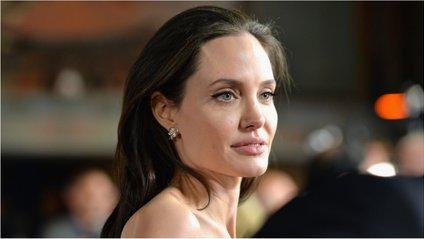 Джолі дуже переймається про своїх дітей - фото 1