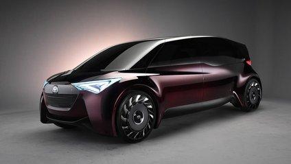 Toyota створила водневий мінівен - фото 1