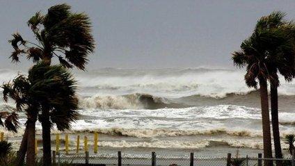 """Перші кадри урагану """"Нейт"""" - фото 1"""