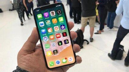 Дисплей iPhone X вимикається на морозі - фото 1