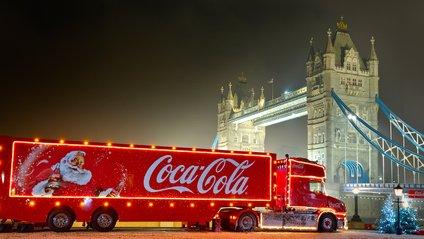 У Британії хочуть заборонити новорічну вантажівку Coca-Cola - фото 1