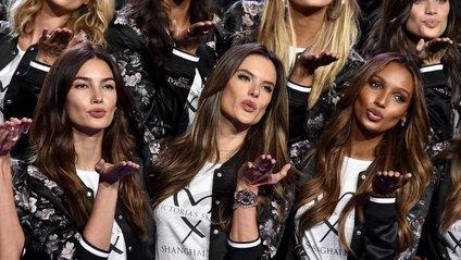 Victoria's Secret Fashion Show - фото 1