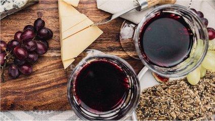 У червоному вині міститься поліфенол - фото 1