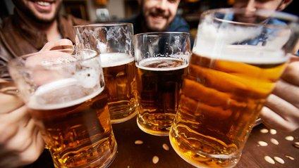 Учені знайшли зв'язок між курінням і алкоголізмом - фото 1