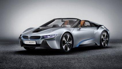 Стала відома дата презентації BMW i8 Roadster - фото 1