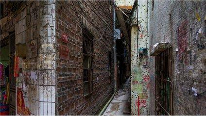 Люди живуть тут у нелюдських умовах - фото 1