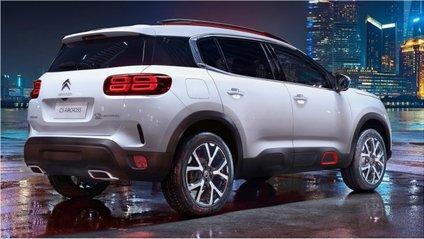 Спочатку авто можна буде придбати тільки з переднім приводом - фото 1