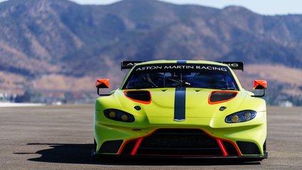 Aston Martin презентував новий Vantage GTE - фото 1
