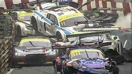 Сталася масова аварія на Гран-прі Макао: відеофакт - фото 1