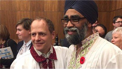 Канадський міністр у вишиванці - фото 1