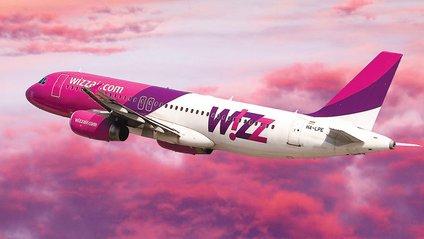 У літак WizzAir в небі вдарила блискавка - фото 1