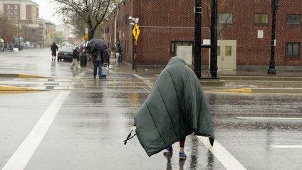 У США мер на кілька днів прикинувся бездомним - фото 1
