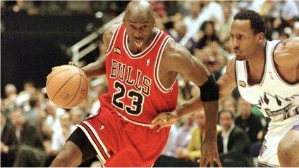 Майкл Джордан став найбільш високооплачуваним спортсменом - фото 1