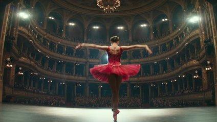 Червоний горобець: перший трейлер трилеру з Дженніфер Лоренс - фото 1