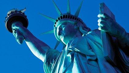 У Нью-Йорку статую Свободи закрили для відвідувачів - фото 1