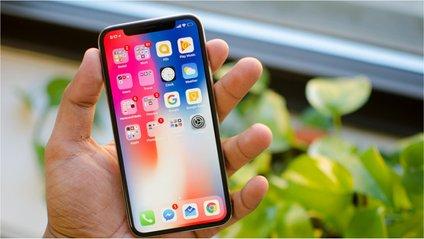 CES 2018: китайці показали аксесуари та клони пристроїв від Apple - фото 1