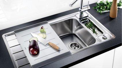 Експерти розповіли, як часто потрібно прибирати кухонну мийку - фото 1