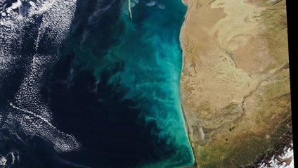 У NASA показали аномальний вихор у Каспійському морі - фото 1