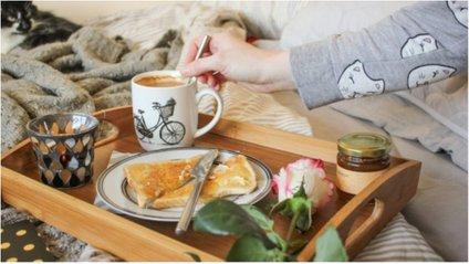 Незабутній романтичний сніданок у День святого Валентина - фото 1