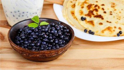 Рецепти смачних та апетитних дієтичних млинців на Масляну - фото 1