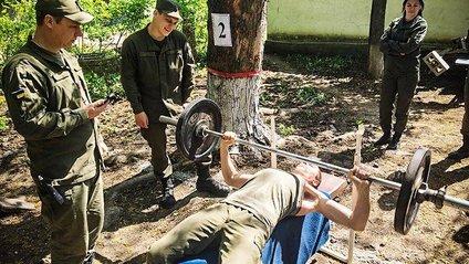 Як проводять дозвілля гвардійці у зоні АТО: фотофакт - фото 1
