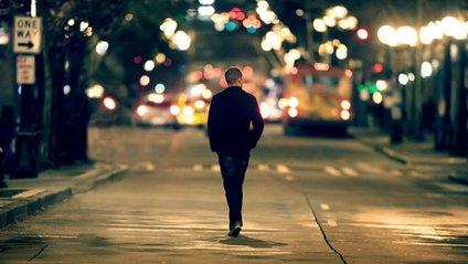 Вчені розповіли, чим небезпечна самотність - фото 1