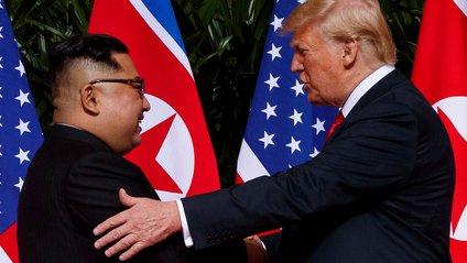 Дональд Трамп зустрівся з Кім Чен Ином - фото 1