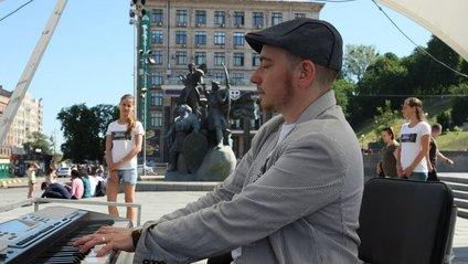 Майк Кауфман-Портников на Майдані - фото 1
