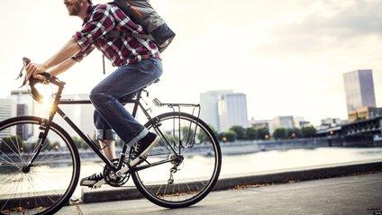 У Нідерландах планують доплачувати тим, хто їздить на роботу на велосипеді - фото 1