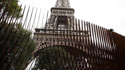 Ейфелеву вежу захистять стіною від терактів - фото 1