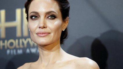 Актриса чудово виглядає - фото 1