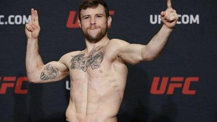 Боєць UFC нокаутував сам себе: епічне відео - фото 1