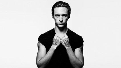 Британський фотограф зняв, як танцює Сергій Полунін: ефектне відео - фото 1