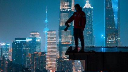 Звичайне життя на нічних вулицях Китаю: ефектні кадри - фото 1