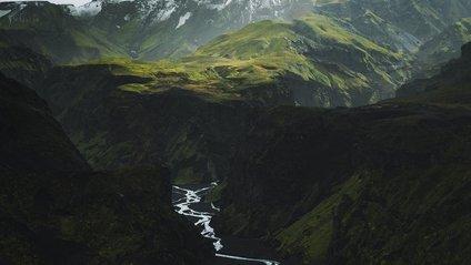 Ісландія та Гренландія з висоти пташиного польоту: казкові кадри - фото 1