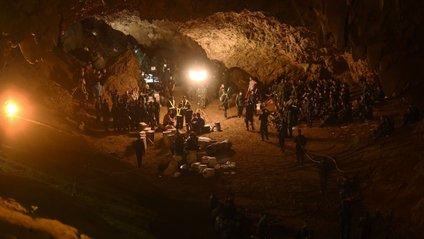 Discovery зняв фільм про тайських дітей у печері - фото 1