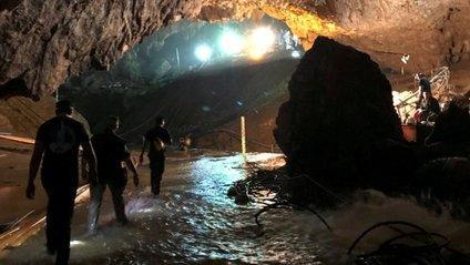 Про порятунок дітей з печери в Таїланді знімуть фільм - фото 1