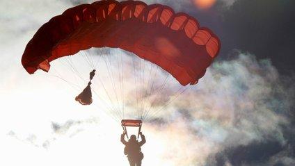 Парашутистки встановили світовий рекорд - фото 1
