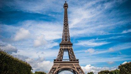 Ейфелева вежа закрита для відвідувачів - фото 1