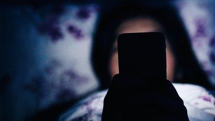 Мобільні гаджети крадуть у нас 25 хвилин повноцінного сну - фото 1
